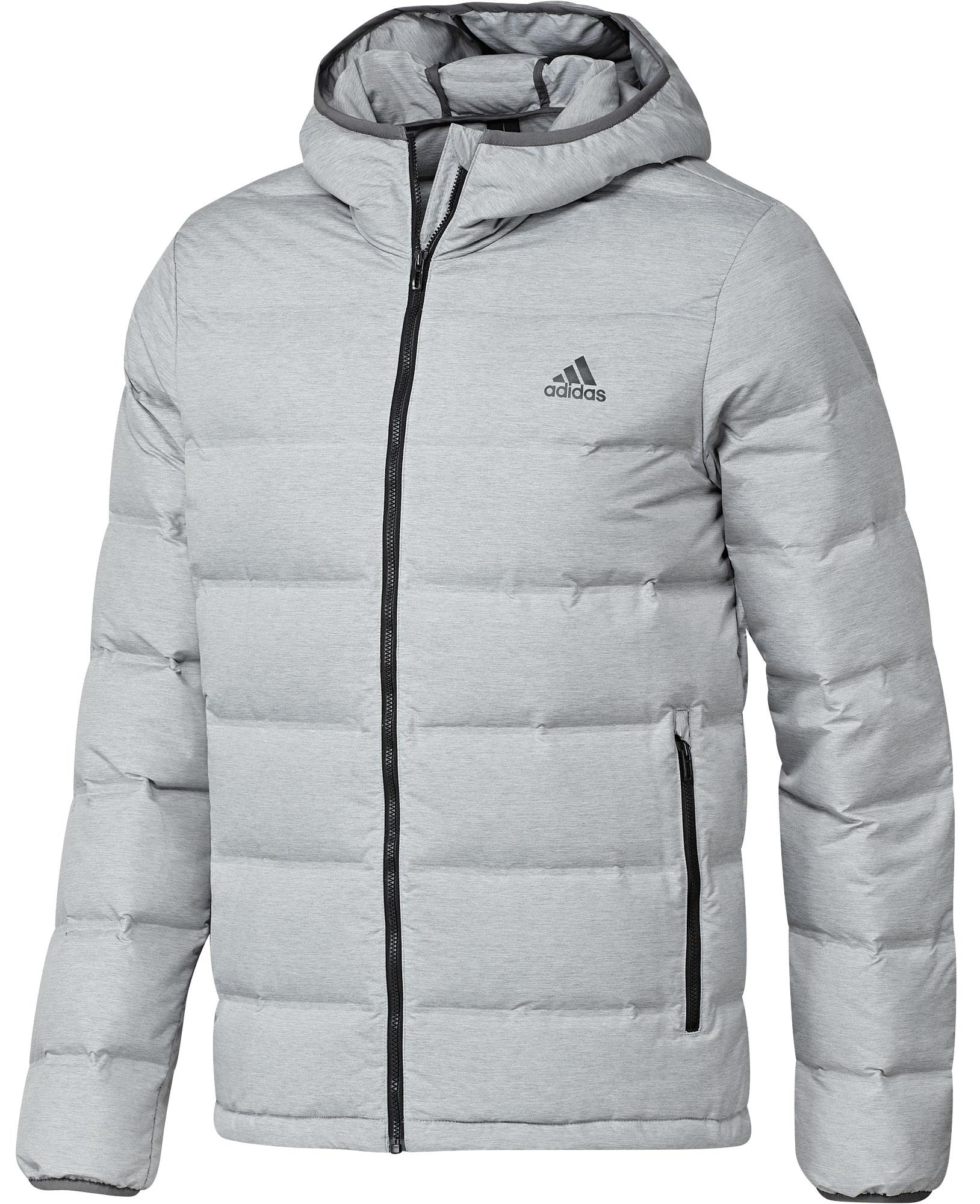 Olemme kokeilleet kymmentä Sportamoren suosituinta talvitakkia, jotta löytäisit itsellesi sopivan mallin. Täältä löydät naisten ja miesten takkien voittajat!