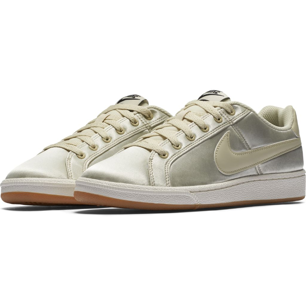 Nike Court Royale SE W
