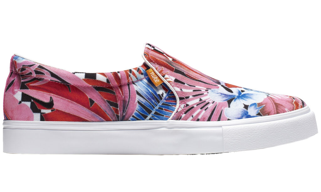 Nike Court Royale AC Printed Slip On W