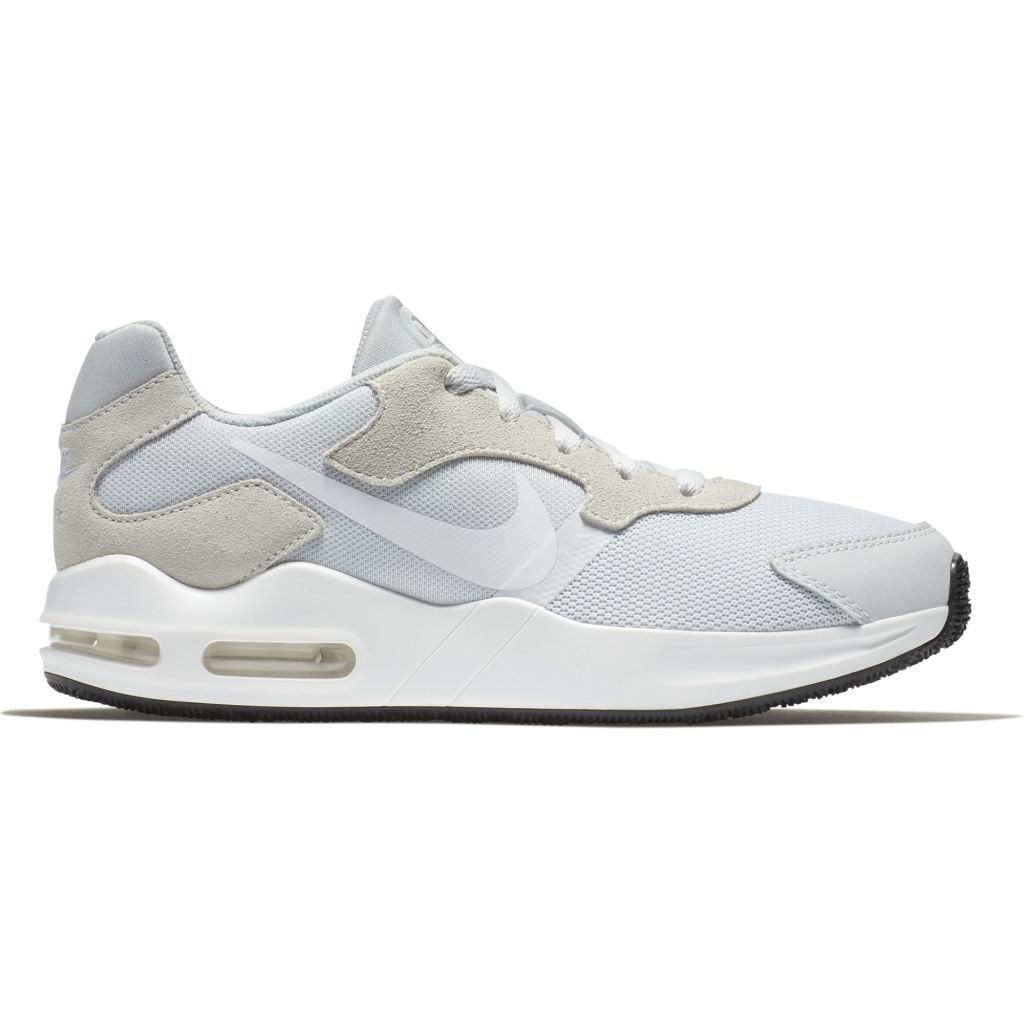 newest 0f22c acff1 Nike Air Max Guile naisten tennarit Vaaleanharmaa